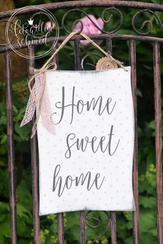 Home sweet home 1 Favorite Color, Diy And Crafts, Sweet Home, Cottage, Gardening, Fun, Home Decor, Wood Ideas, Decorating Ideas