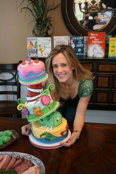 Dr. Seuss bday cake! Dr. Seuss inspired 1st bday theme idea! I want it! :)