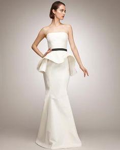 Isaac Mizrahi Trumpet wedding dress - 2012
