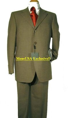 Wool Suits have always been the more traditional suit fabric for mens suits. Big And Tall Mens Suits, Plus Size Mens Suits, Big Man Suits, Suits For Women, Italy Fashion, Mens Fashion, Men Wearing Dresses, Green Suit, Suit Fabric