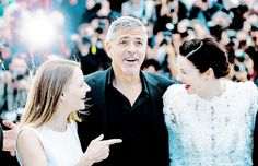 Caitriona Balfe with George Clooney and Jodie Foster, Cannes 12. Mai 2016
