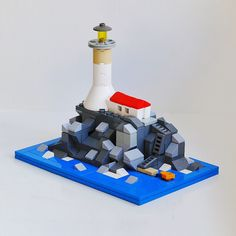 ArchBrick's recent expansion to Instagram has opened a whole new world of LEGO creations. A great builder that I discovered is bricksized, who builds many amazing models, including a lot of m…