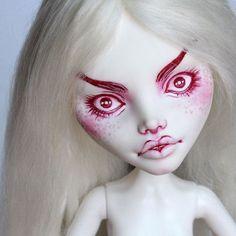 listed the new girls also my cupid ^^ #cupid #cacupid #spectra #hybriddoll #monsterhighrepaint #monsterhighcustom #monsterhigh #doll #dolls #monsterhighdolls #mhdolls #ooakdoll #customdoll #dollrepaint #repaint #ooak #faceup #artdoll #dollart #myart #alpacawig #dollwig #dollstagram #dollphotography