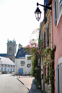 St Gildas de Rhuys, Bretagne by G.