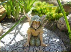 Lee a Boy Fairy. From www.comeintomygarden.com