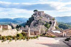 Diez pueblos valencianos requetebonitos Costa, Spain, Mansions, House Styles, Travel, Road Trips, Interior, Facebook, Valencia Spain