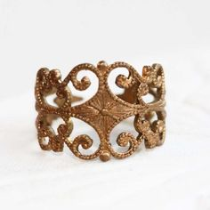 Wear this ring with a white flowing dress and gold bangles for a queenly look.  Diament Designs