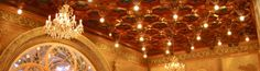 Bussaco Château (construit entre 1888 et 1907, royal puis hôtel Palace) Visite à l'intérieur Le Rez-de-Chaussée avec les salles du restaurant et la grande salle d'apparat (bar, lecture). Ici le plafond de la grande salle du restaurant
