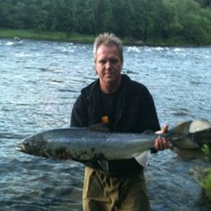 Granly Fishing & Hiking Lodge is located on one of the best Salmon fishing rivers in Norway, Orkla River.  Just look at the size of this salmon caught in the Granly section of the river! www.flyfishingnorway.com Salmon Fishing, Rivers, Fly Fishing, Cabins, Norway, Hiking, Walks, River, Fly Tying