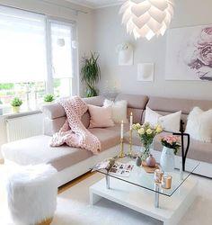 Chic Home Decor Ideas Pastel Living Room, Beige Living Rooms, Shabby Chic Living Room, Beautiful Living Rooms, Cozy Living Rooms, Home Living Room, Living Room Designs, Living Room Decor, Pastel Home Decor