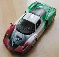 Modellauto mit airbrushdesign enzo ferrari