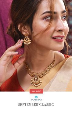 Chahel Indian necklace combines beauty with exquisiteness. It's made with fine craftsmanship - using antique plating and CZ stones. It's a definite head-turner and will be your all time favorites.  Be it your friend's Indian wedding or the ethnic day at work, this necklace set is a conversation piece. To bring out the crispiness of the necklace set, pair it with any solids and simple attire.   Tarinika Chahel Necklace Set is high quality Indian fashion jewelry and surprisingly budget-friendly. Tika Jewelry, Kundan Jewellery Set, Indian Jewelry Earrings, Indian Jewelry Sets, Indian Necklace, Jewelry Design Earrings, Indian Wedding Jewelry, Gold Jewellery Design, Necklace Designs
