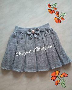 Snurr-Meg-Skjørt / Triple Skirt pattern by Knit Me - Her Crochet Baby Girl Patterns, Baby Knitting Patterns, New Baby Dress, Baby Skirt, Skirts For Kids, Baby Pullover, Crochet Girls, Toddler Girl Dresses, Knitting For Kids