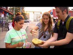 Hebohnya Reaksi Bule Ditantang Makan Durian, Banyak yang Kapok - http://ebo.web.id/hebohnya-reaksi-bule-ditantang-makan-durian-banyak-yang-kapok/