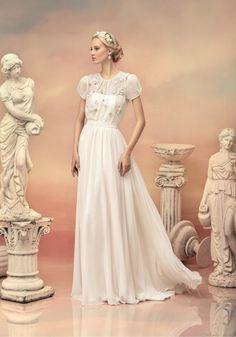 Aライン ドレープ コート ジッパーアップ ウェディングドレス
