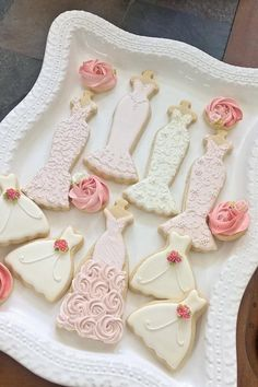 Wedding Entourage Gown Cookies | Cookie Connection