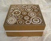 boite à bijoux, plateau intérieur en carton et dentelle de carton : Boîtes, coffrets par la-dentelliere-de-carton