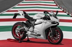 Ducati 899 Panigale gets official introduction in Frankfurt [w/video]