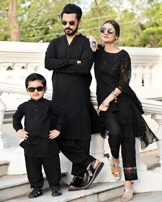 Awesome Photos of Bilal Qureshi and Uroosa Bilal with their Cute Son Matching Couple Outfits, Mother Daughter Outfits, Indian Designer Suits, Pakistani Fashion Casual, Kids Suits, Family Outfits, Kurta Designs, Stylish Girl, Fashion Outfits