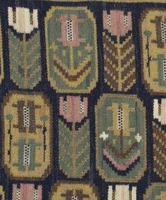 "Märta Måås-Fjetterström 1873‑1941. ""Medaljongerna"". AB Märta Måås-Fjetterström. Monogramsignerad AB MMF. Rölakan, 61 x 82 cm. A Märta Måås-Fjetterström textile. Flat weave, 61 x 82 cm. Komponerad 1926."