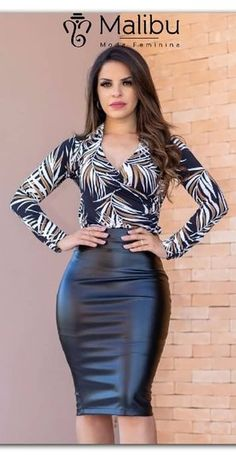 Korean Fashion Tips .Korean Fashion Tips Classy Work Outfits, Casual Outfits, Tight Dresses, Nice Dresses, Modest Fashion, Fashion Dresses, Pencil Skirt Outfits, Professional Outfits, Elegant Outfit