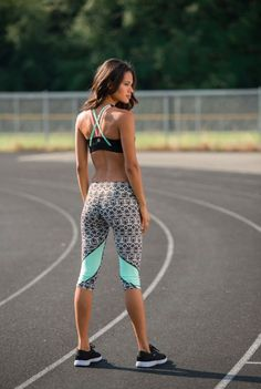 Coordinating workout gear makes exercise much more enjoyable Patterned capri legging and strappy sports bra