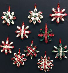 I make different ornaments each year to give to Anna and Alex as well as other special friends and family. This year I settled on woven sta. Quilted Christmas Ornaments, Christmas Items, Diy Christmas Gifts, Christmas Projects, Handmade Christmas, Christmas Holidays, Christmas Decorations, Deco Table, Holiday Crafts