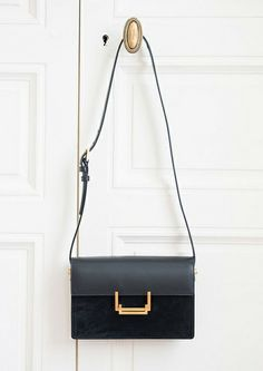 Camille Over the Rainbow :: Saint Laurent Bag Camille Over The Rainbow, Fendi, Gucci, Minimal Classic, Minimal Chic, Saint Laurent Bag, Dior, Luxury Bags, Mode Style