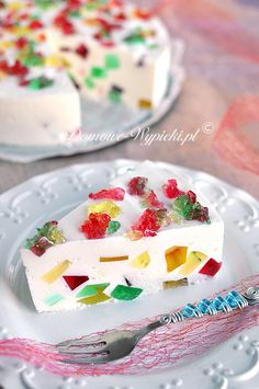Konfetti- Sahne- Torte (ohne Backen) A beautiful, colorful cake with jello without baking. The cake is very creamy, light, not too sweet and tastes delicious … Cake Cookies, Cupcakes, Cake Recipes, Dessert Recipes, Desserts, Jello Cake, Crazy Cakes, Colorful Cakes, Food Cakes