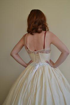 Jak udělat kostým.  Jak si vyrobit Hoop sukně - Krok 4