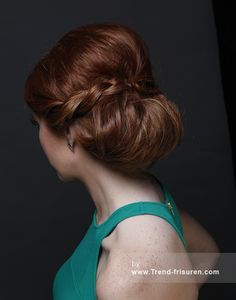 ROCO Mittel Rot weiblich Gerade Farbige Hochsteckfrisur Geflochtenes Band Frauen Frisuren hairstyles