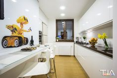 Wall-e kitchen Wall E, Kitchen, Furniture, Home Decor, Cooking, Decoration Home, Room Decor, Kitchens, Home Furnishings