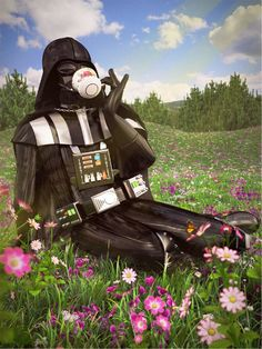 Darth Vader chilling out! (O Capacitor)