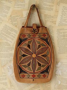 i like idea of the colored pattern on this bag just not this design.