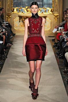 Aquilano.Rimondi Fall 2012   Panier suggested skirt