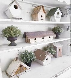 """886 Likes, 23 Comments - Jennifer Choate (Josh Choate) (@downshilohroad) on Instagram: """"I want to take a moment to share a #FollowFriday that means so much to me!!!! It's my friend Beth…"""" #decorativebirdhouses"""