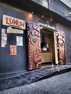 Luwow Tiki Bar Melbourne, use brown paper and make on the sides of front door Tiki Tiki, Tiki Hut, Tiki Party, Luau Party, Front Doors, Barn Doors, Tikki Bar, Melbourne, Urban Island