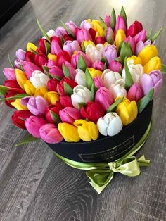 Bouquet of tulips in different colors- Strauß Tulpen in verschiedenen Farben Bouquet of tulips in different colors dye # various - Beautiful Rose Flowers, Beautiful Flower Arrangements, Colorful Flowers, Floral Arrangements, Beautiful Flowers, Tulips Flowers, Summer Flowers, Planting Flowers, Happy Birthday Flower