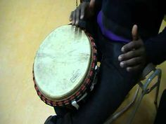 """Mudanthe Djembe ritme 3 ( add words to simplify for kids: """"Gotta go / Play it LOW """" :II ) Music Classroom, Classroom Ideas, Percussion Drums, Rhythmic Pattern, Hand Drum, Homemade Instruments, Piano Teaching, Music Wall, World Music"""