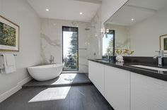 There is nothing we do not like in this gorgeous #Berkeley bathroom. http://pacunion.us/1186miller #realestatevision #pacificunion #envisionextraordinary