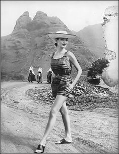 Cherry Nelms, photo by Louise Dahl-Wolfe in the Canary Islands,Tenerife, Harper's Bazaar, May 1956 Lauren Bacall, Richard Avedon, Vintage Photos Women, Vintage Ladies, A Well Traveled Woman, Brazilian Swimwear, 20th Century Fashion, Vintage Fashion Photography, Famous Photographers