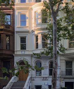 City Aesthetic, Building Aesthetic, Dream Apartment, House Goals, My Dream Home, Dream House Nyc, Dream Life, Future House, Interior And Exterior