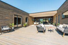 Fra utlandet til uteområdet - Byggmakker.no Cottage, Cabin, Outdoor Decor, Garden, Home Decor, Homemade Home Decor, Casa De Campo, Cabins, Garten