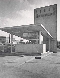 Oficina de Ventas de Bonos del Ahorro Nacional, en la esquina de Insurgentes y Medellín, Hippodromo, México DF 1951    Arq. Manuel González Rul -    Sales office for the National Savings Bond company, Condesa, Mexico City 1951