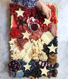 A post from Seeing as It's a party in the 🇺🇸 made an epic Charcuterie board with to celeb. Easy Meals For One, Healthy Meals For One, Healthy Recipes, Fourth Of July Food, July 4th, Vegetarian Burrito, Greek Yogurt Pancakes, Charcuterie And Cheese Board, Thing 1
