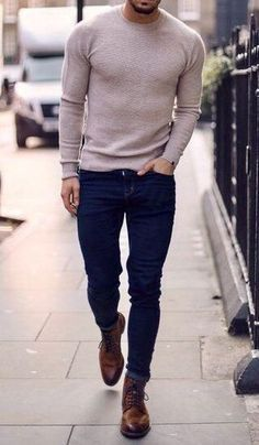 Tan men's fall or winter sweater with blue jeans and brown laced boots. Tan men's fall or winter sweater with blue jeans and brown laced boots. Handsome Men Quotes, Handsome Man, Mode Man, Smart Men, Tan Guys, Stylish Mens Outfits, Men's Casual Outfits, Casual Wear, Swag Outfits For Guys