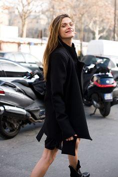 Gotta scoot - #Elisa_Sednaoui, Paris Fashion Week 2011