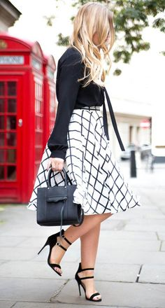 black and white checkered skirt, bebe check skirt Midi Skirt Outfit, Skirt Outfits, Cute Outfits, Casual Outfits, Dress, Casual Work Outfit Summer, Summer Outfits Women, Checkered Skirt, Stunning Summer