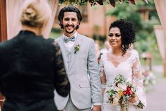 Curly Bridal Hair, Daniel Alves, Wedding Dresses, Fashion, Boho Wedding, Dream Wedding, Santa Catarina, Small Weddings, Minimalist Wedding