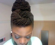 Natural looking black hair dreadlocks Dreadlock Styles, Dreads Styles, Updo Styles, Dreadlock Hairstyles, African Hairstyles, Curly Hair Styles, Twisted Hairstyles, Ponytail Styles, Funky Hairstyles